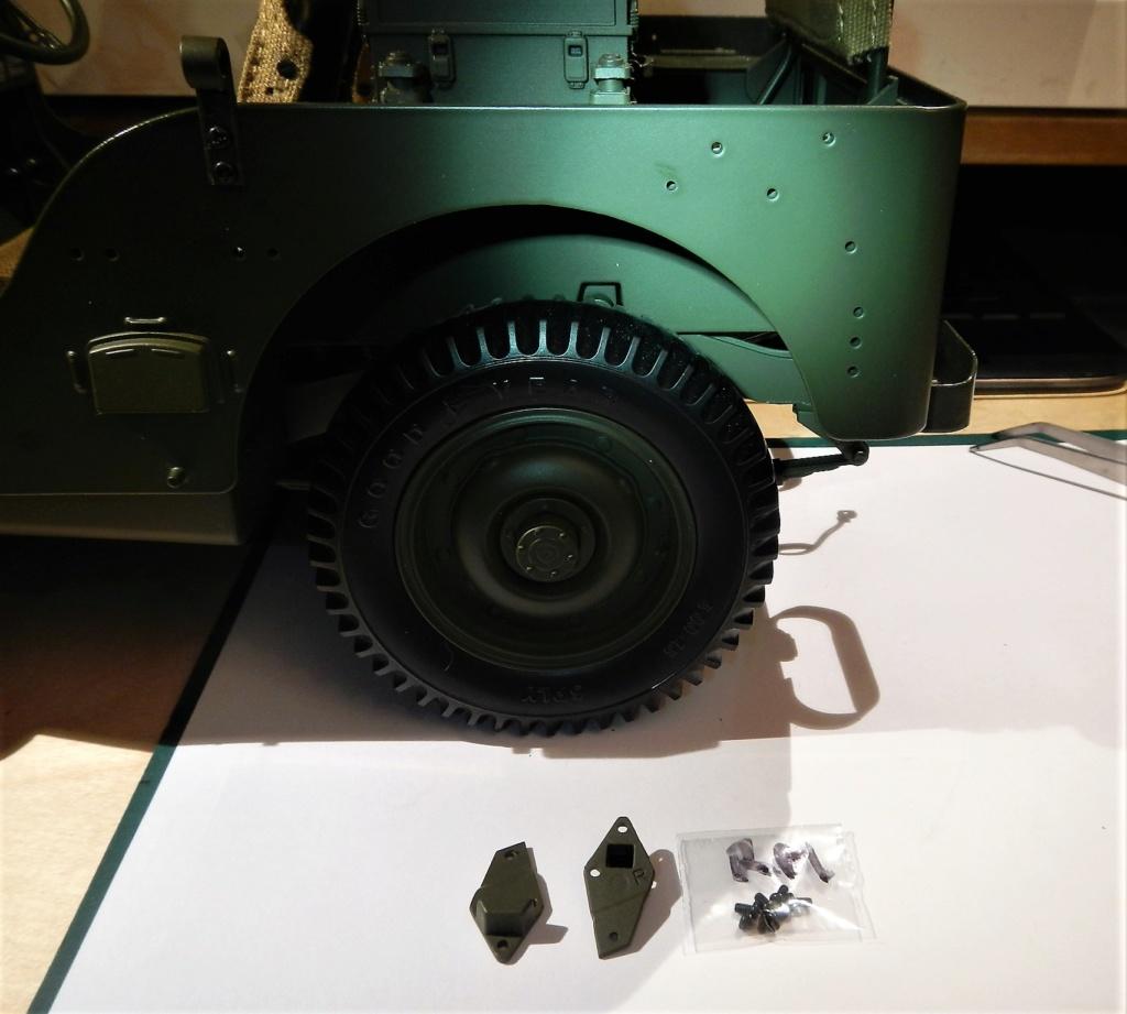 Jeep Willys - 1/8ème - Ed. Hachette - Construction par Glénans (Partie 2) - Page 3 Dscn9521