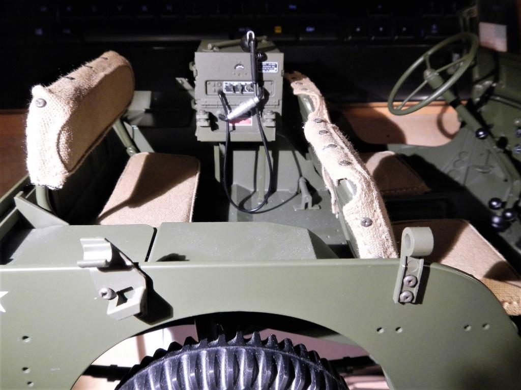 Jeep Willys - 1/8ème - Ed. Hachette - Construction par Glénans (Partie 2) - Page 3 Dscn9525