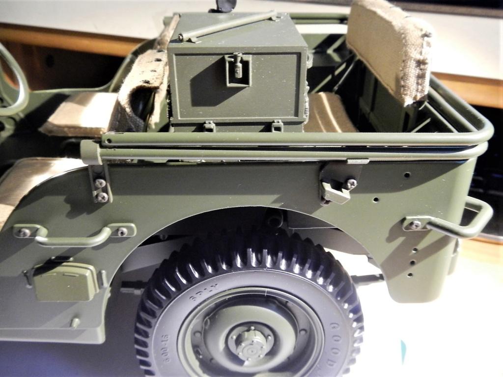 Jeep Willys - 1/8ème - Ed. Hachette - Construction par Glénans (Partie 2) - Page 3 Dscn9616