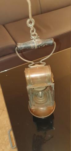 Lampe carbure avec marquage 20210213