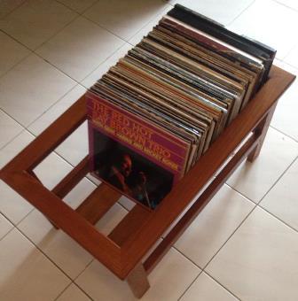Hard Wood LP Rack Lp_rac11