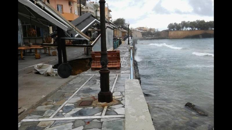 Κρήτη: Βούλιαξε ο δρόμος Koumka15