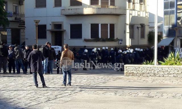 Ένταση στο μνημόσυνο του Κατσίφα στην Κρήτη: Τραυματίστηκε αστυνομικός Mnimos10