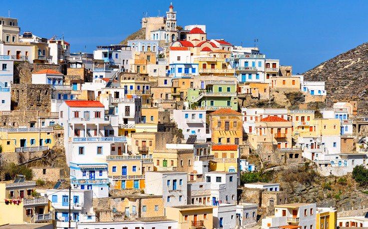 Το ελληνικό νησί που εκθειάζει βρετανική τουριστική ιστοσελίδα Shutte11