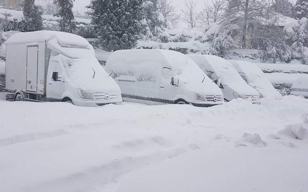 Καιρός: Περισσότερη από τη μισή Ελλάδα καλύφθηκε από χιόνι Xioni-11