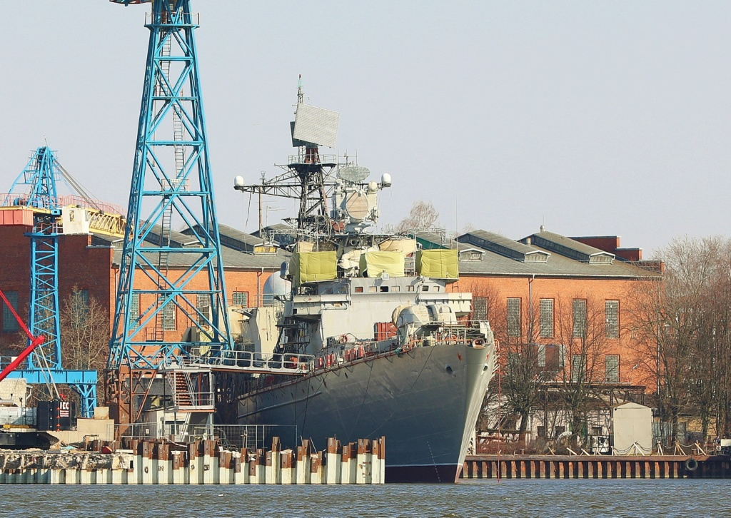 Russian Navy: Status and News #5 - Page 11 09-73810