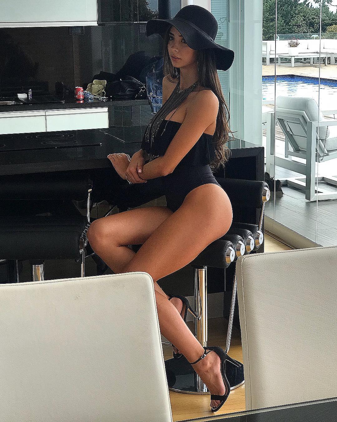 laura osorio hoyos, miss colombia mundo 2018. - Página 2 26864311