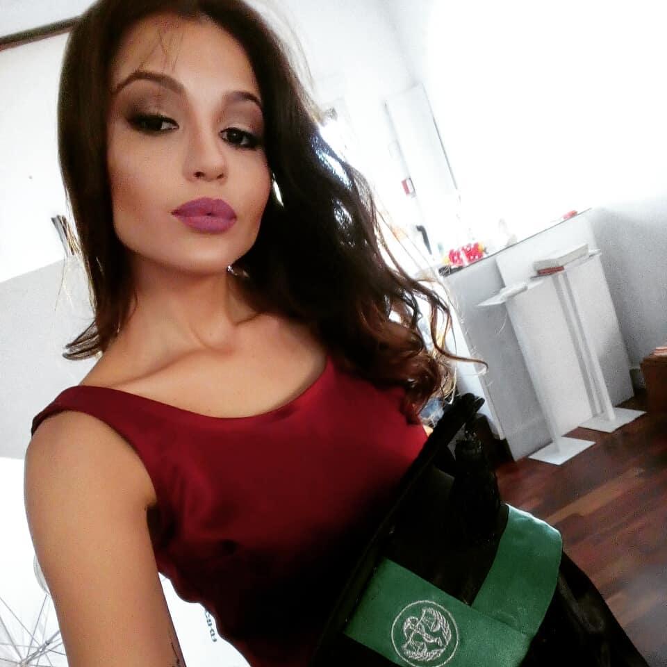 ana paula padilha, miss para empresarial 2018/top 15 de miss brasil universo 2011. 32419710