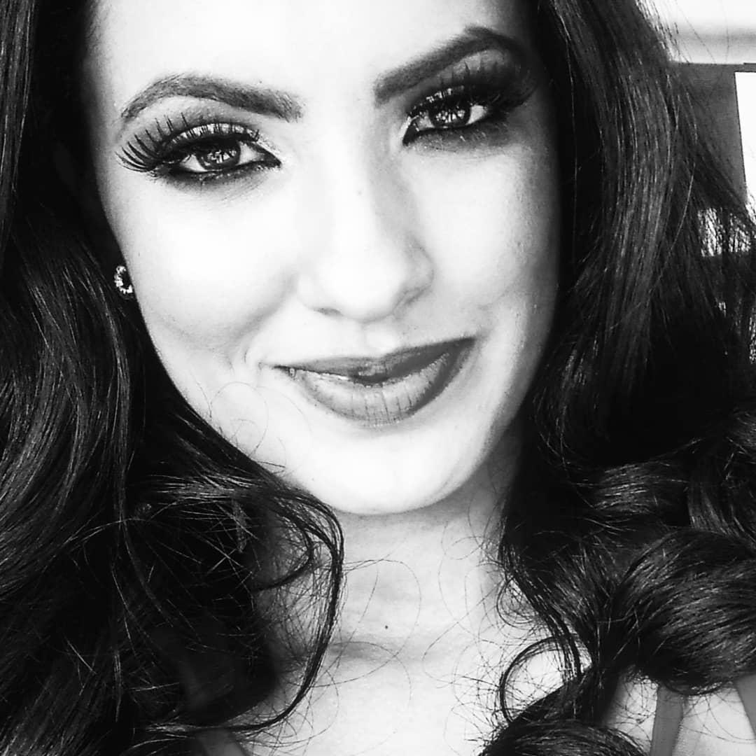 cristielli camargo, top 2 de miss mesoamerica international 2021/top 13 de miss supranational brazil 2020/top 21 de miss brasil mundo 2018. 33307510