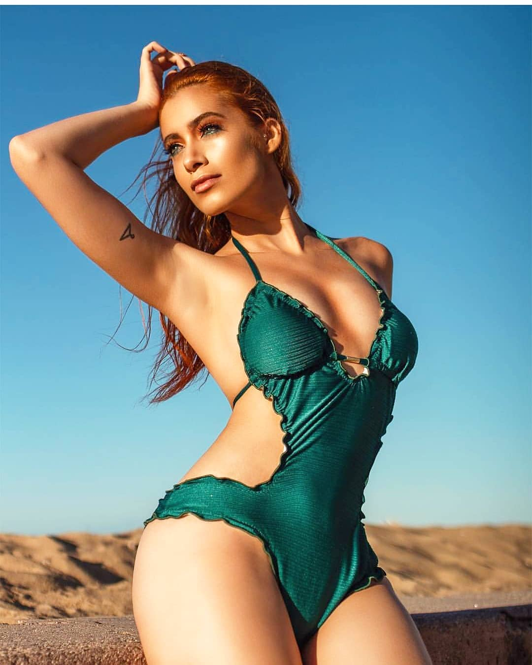 natalia gurgel, top model brasil 2021/miss morada nova 2019/miss sertao central empresarial 2018/top 20 de miss asia pacific international 2018, representando o uruguai. 34461810
