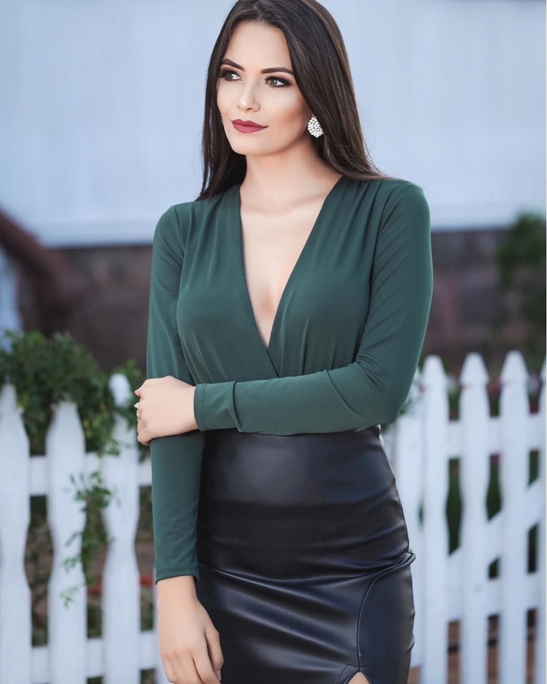 karine martovicz, miss eco fernando de noronha 2019. 34729810