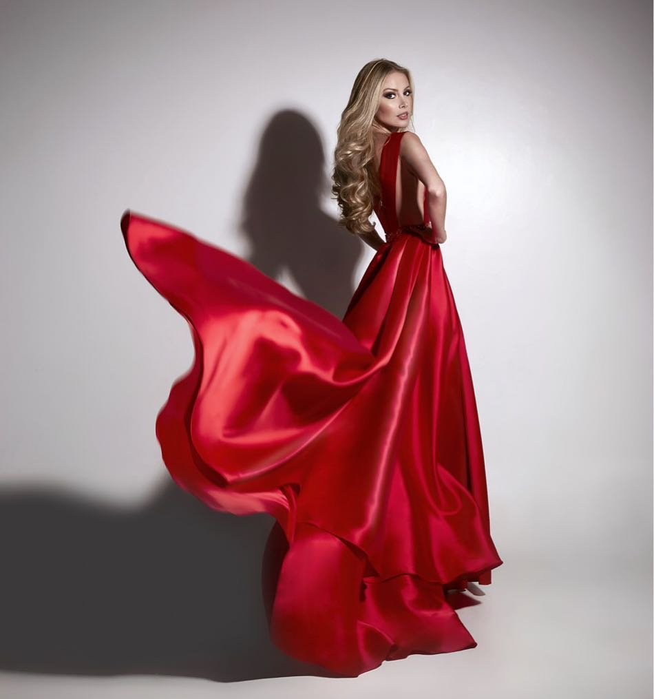 sancler frantz, top 6 de miss world 2013. - Página 42 36085110