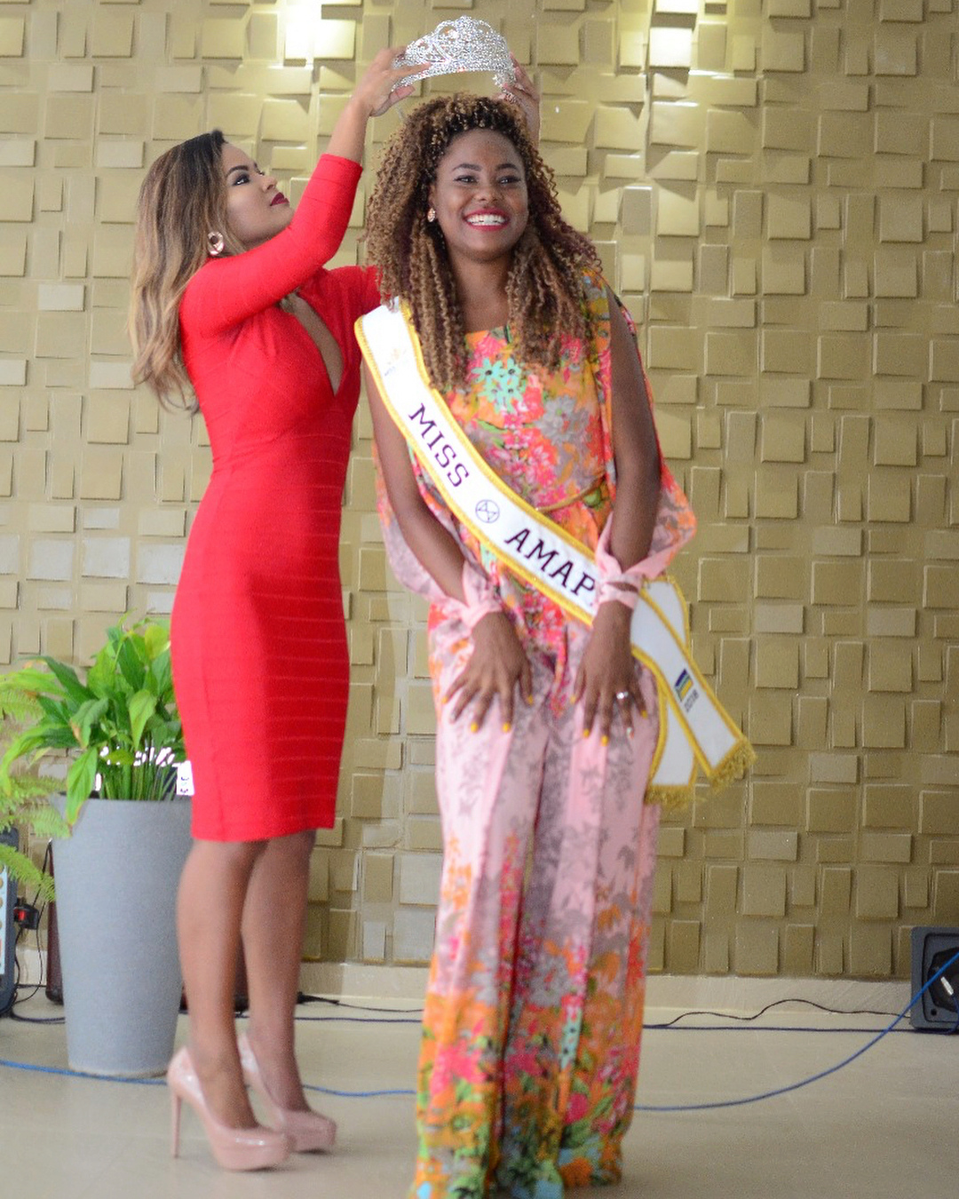sheyzi brasao, miss amapa mundo 2018. 36160510