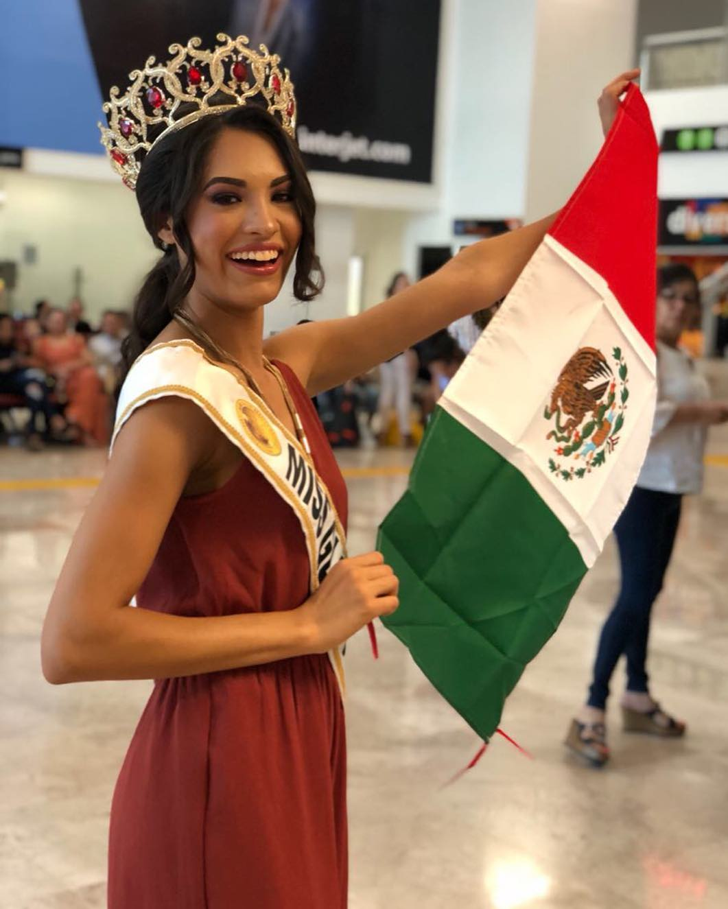 joely oralia garcia navarro, world miss tourism mexico 2018/miss globe mexico 2017. - Página 2 36972210