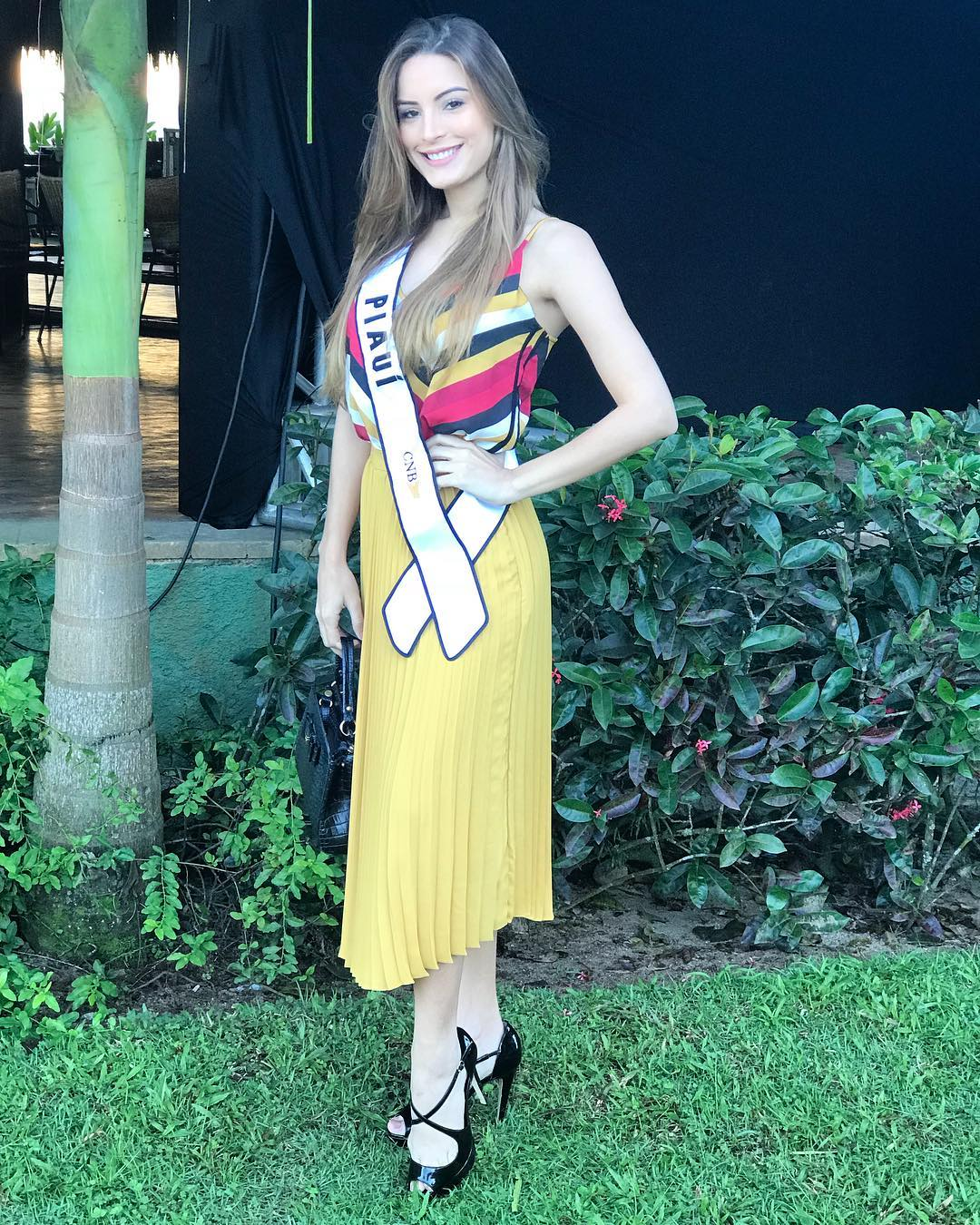 jessica carvalho, miss brasil mundo 2018. - Página 3 38258110