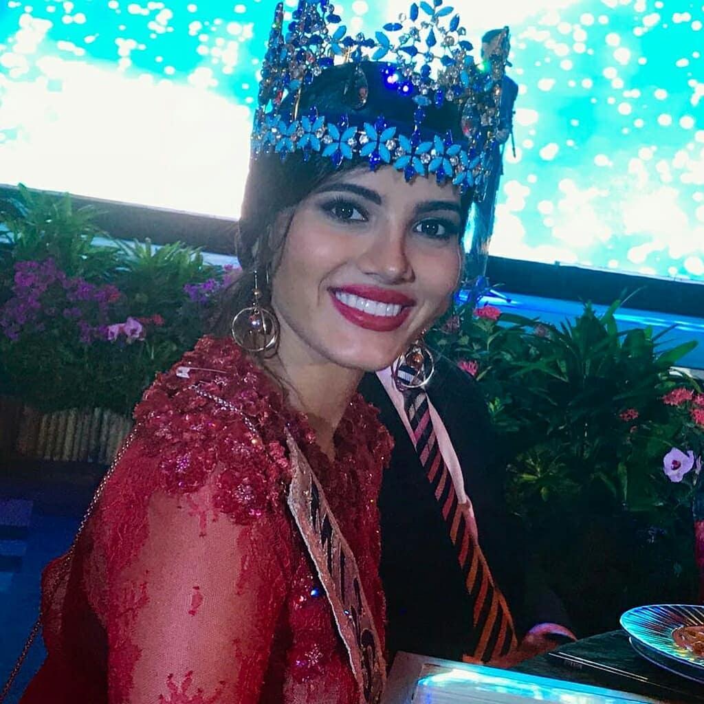 miss world 2016 durante tour de beauty with a purpose em singapore. 39651411