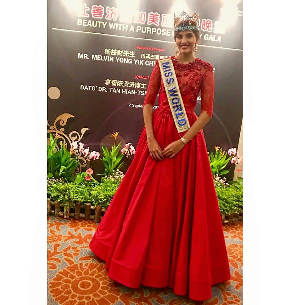 miss world 2016 durante tour de beauty with a purpose em singapore. 40136110