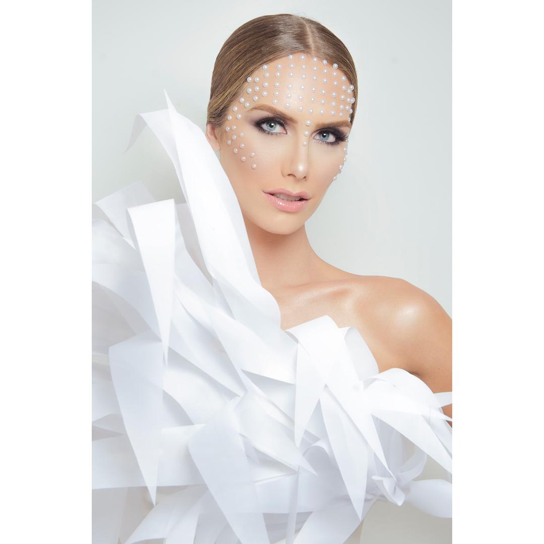 angela ponce, miss espana universo 2018. - Página 5 40327610