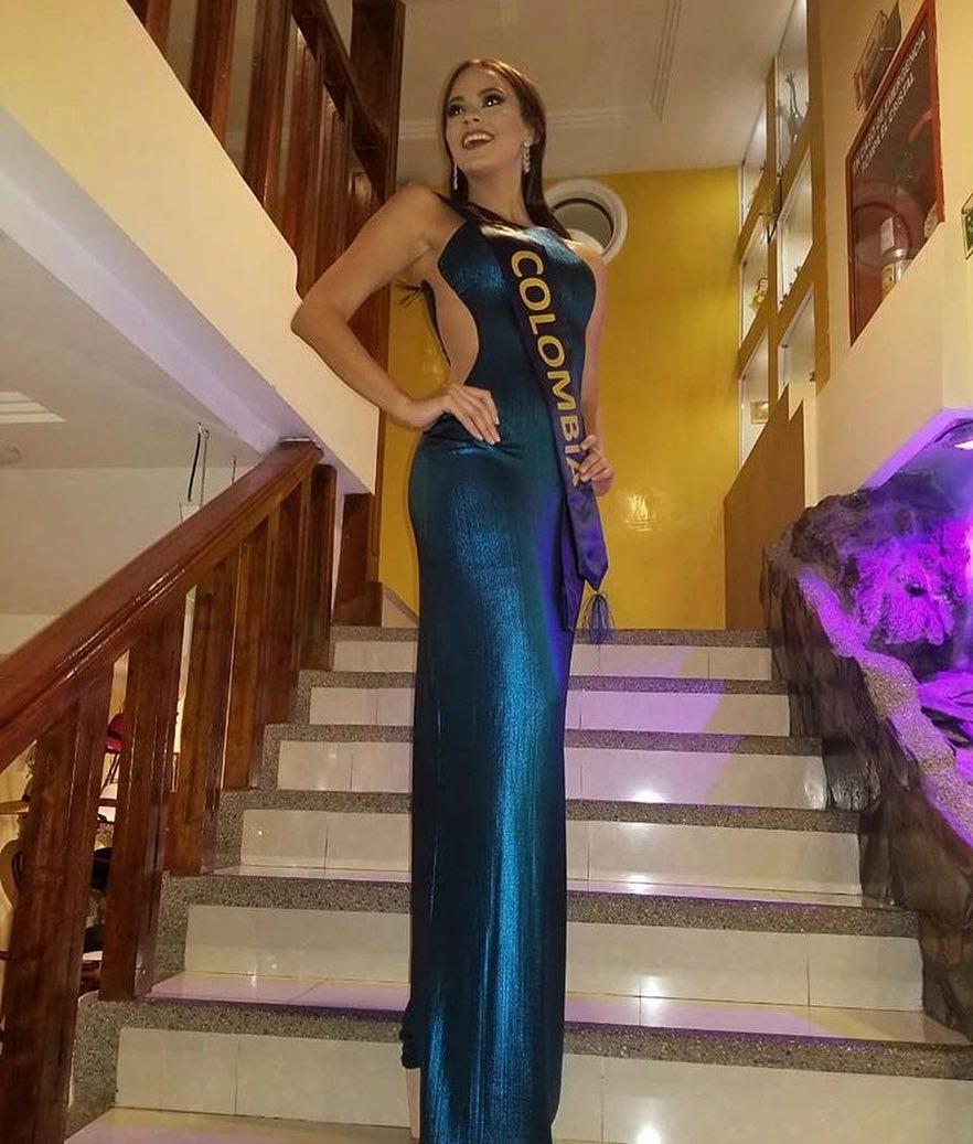 ana catalina mouthon, 2nd runner-up de miss continentes unidos 2018. - Página 2 40585910