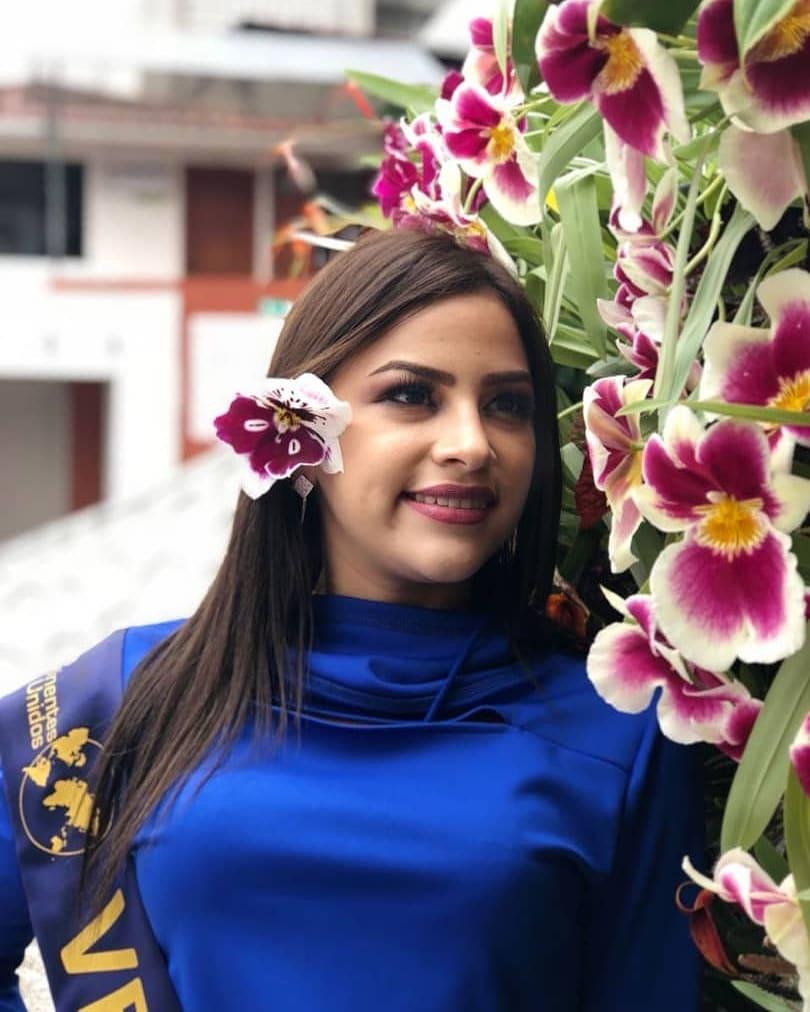 lolimar perez, miss venezuela continentes unidos 2018. - Página 2 40696810