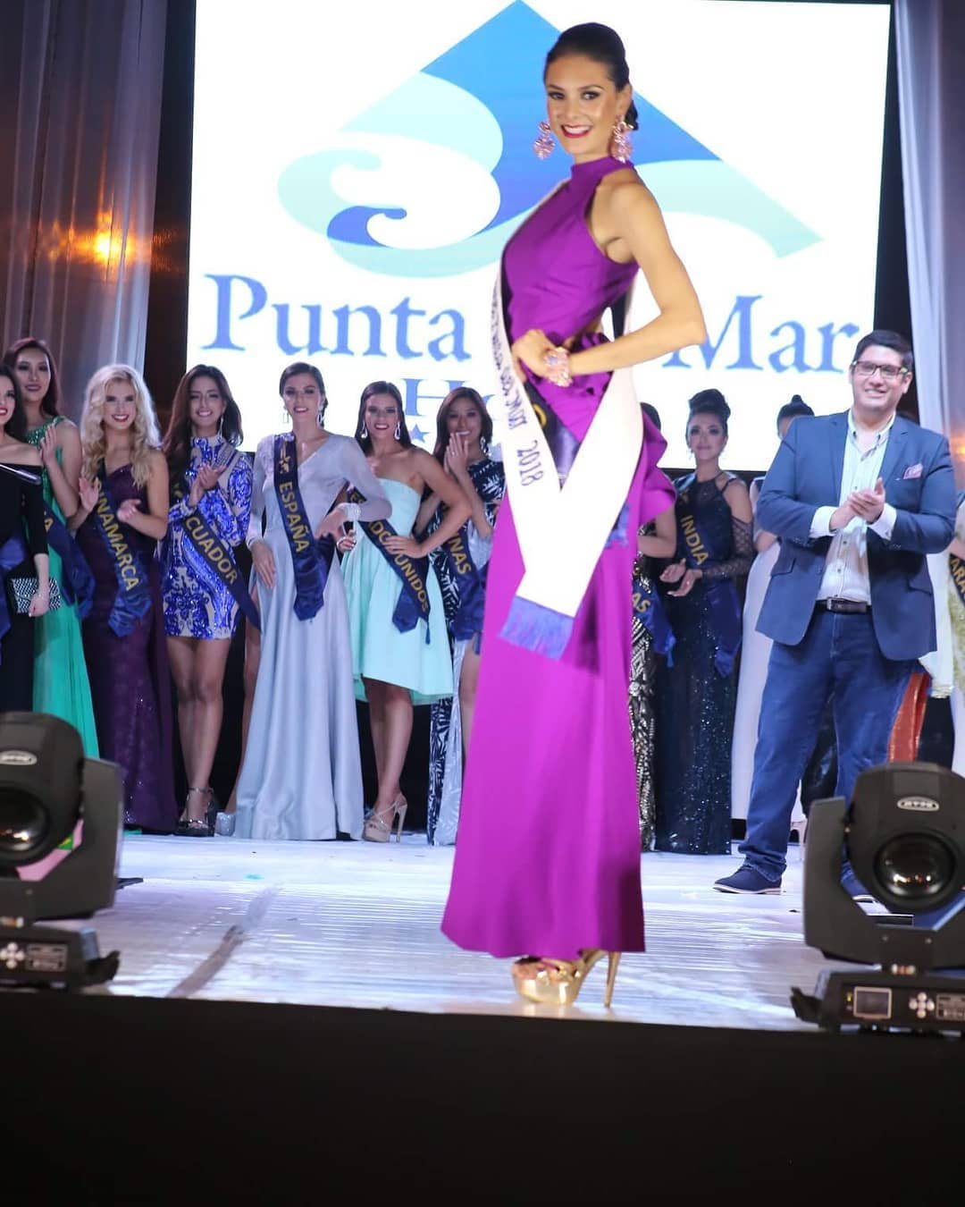 andrea saenz, miss continentes unidos 2018. - Página 4 40696911