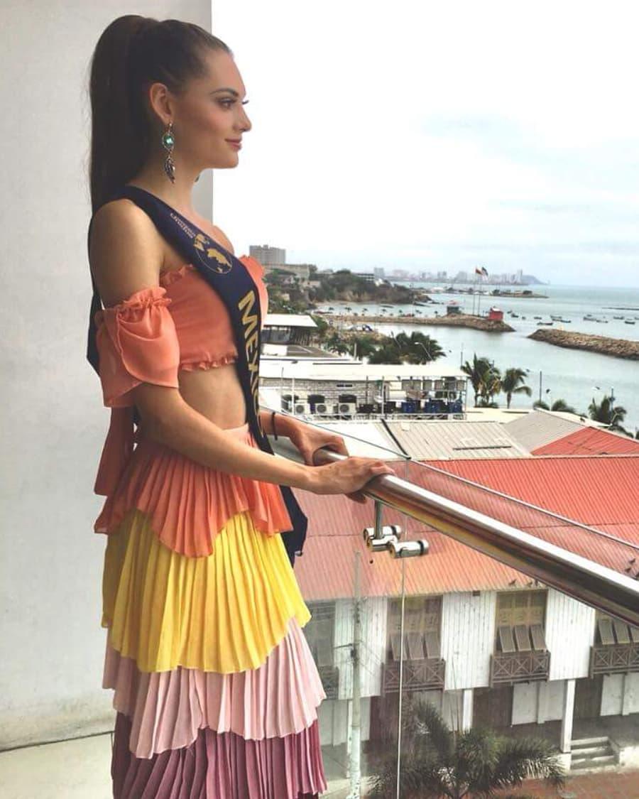 andrea saenz, miss continentes unidos 2018. - Página 4 40696912