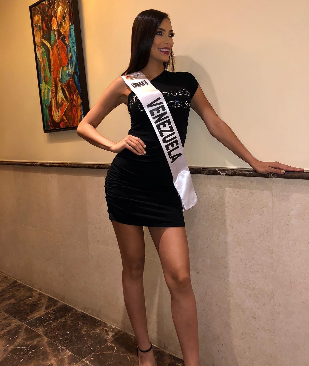 ana caceres, miss tourism universe 2018. 40773910