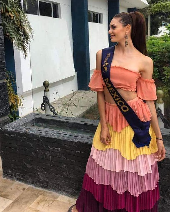 andrea saenz, miss continentes unidos 2018. - Página 4 40792510