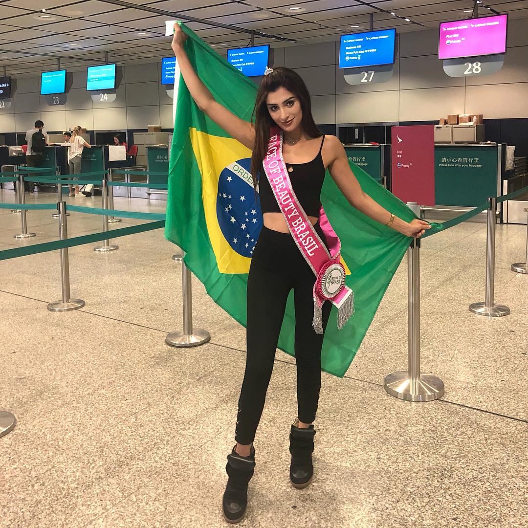 amanda ford, top 20de face of beauty international 2018. - Página 2 40895210