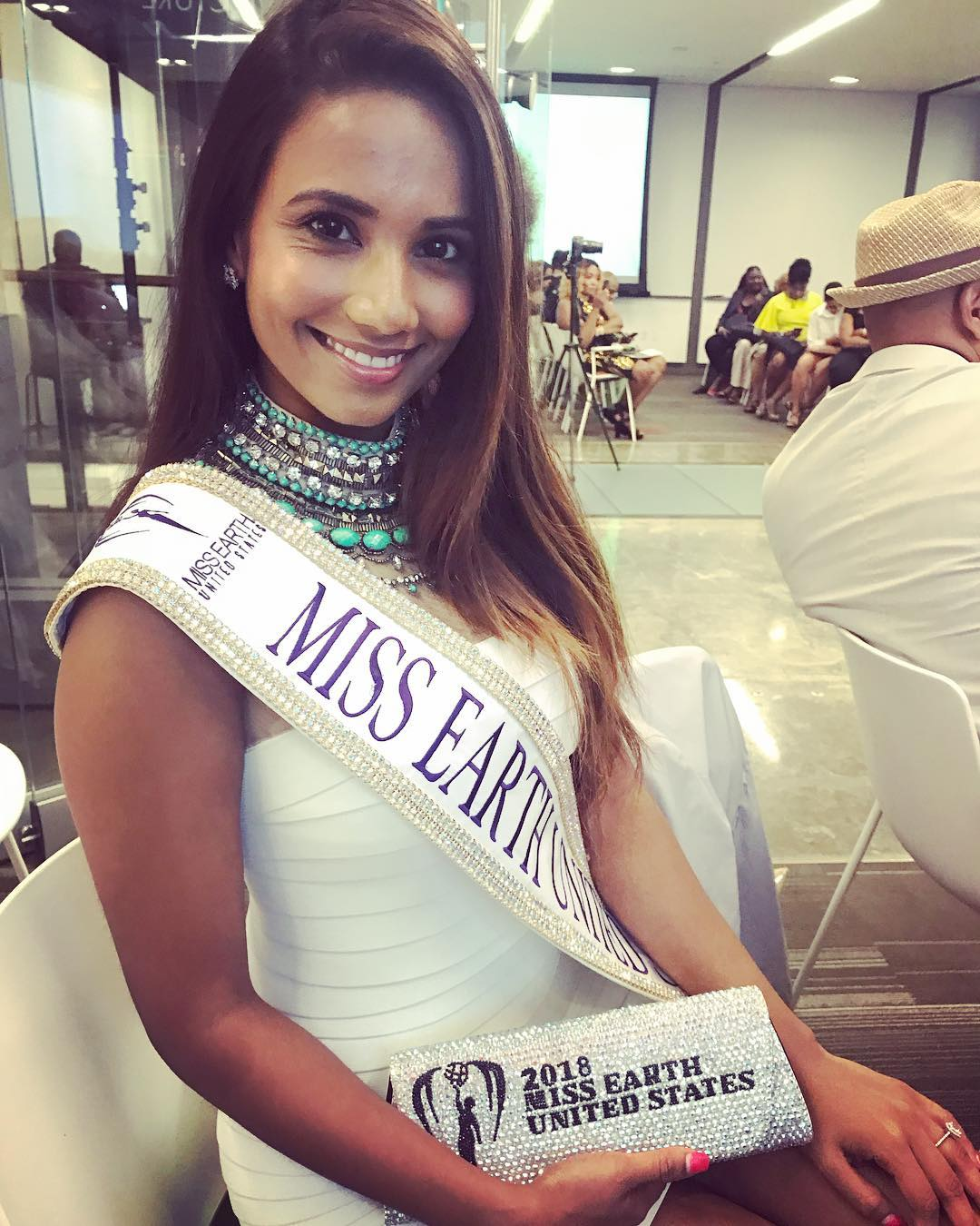 yashvi aware, miss earth usa 2018. 41235910