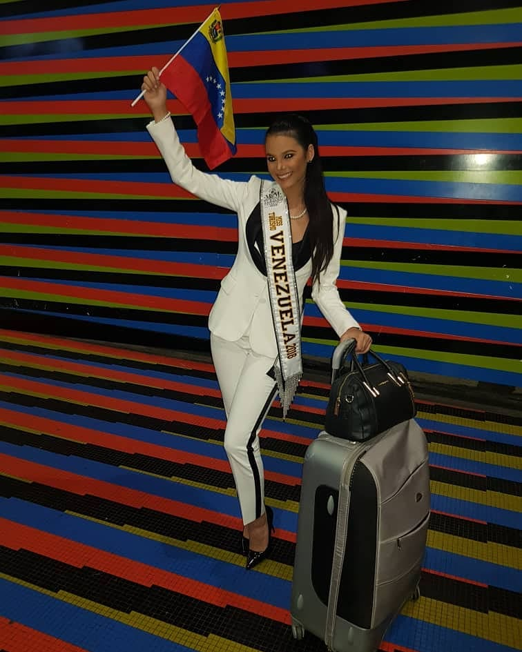 alexandra sanabria, miss tourism world venezuela 2018. - Página 2 41664710