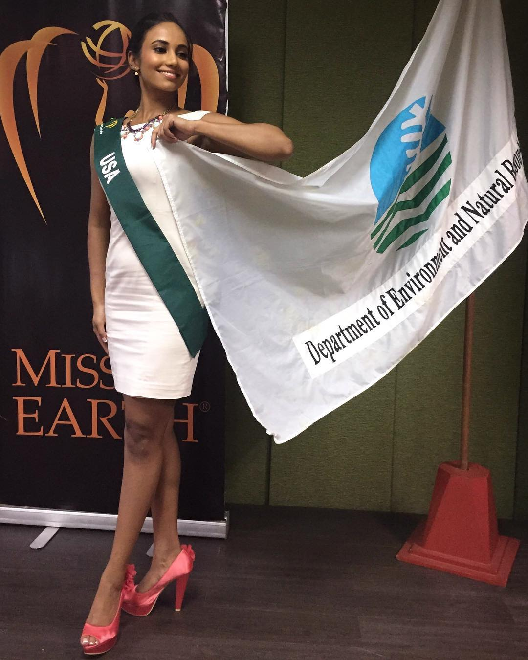 yashvi aware, miss earth usa 2018. - Página 5 42324910