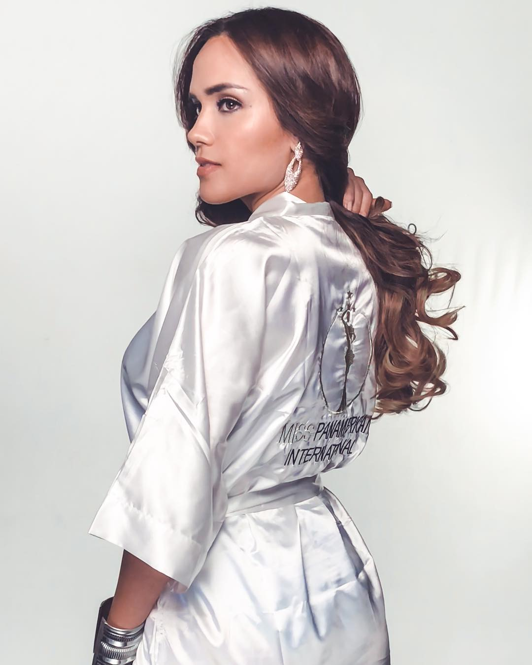 estefani mauricci, segunda finalista de miss panamerican international 2018. - Página 3 42834110
