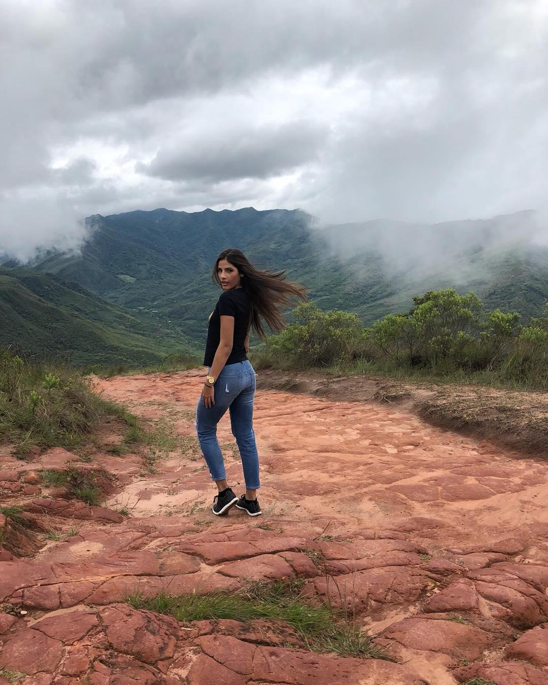 daniela santeliz acosta, 8 finalista de reyna hispanoamericana 2018. - Página 3 43091010