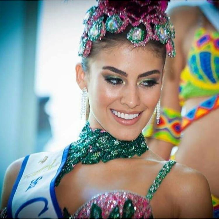 valeria morales, miss colombia universo 2018. 44382110