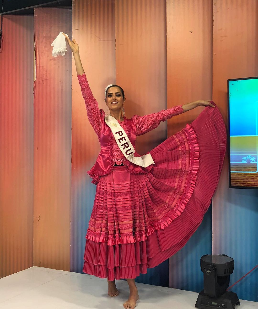 jessica mcfarlane, 7 finalista de reyna hispanoamericana 2018. - Página 4 44448110