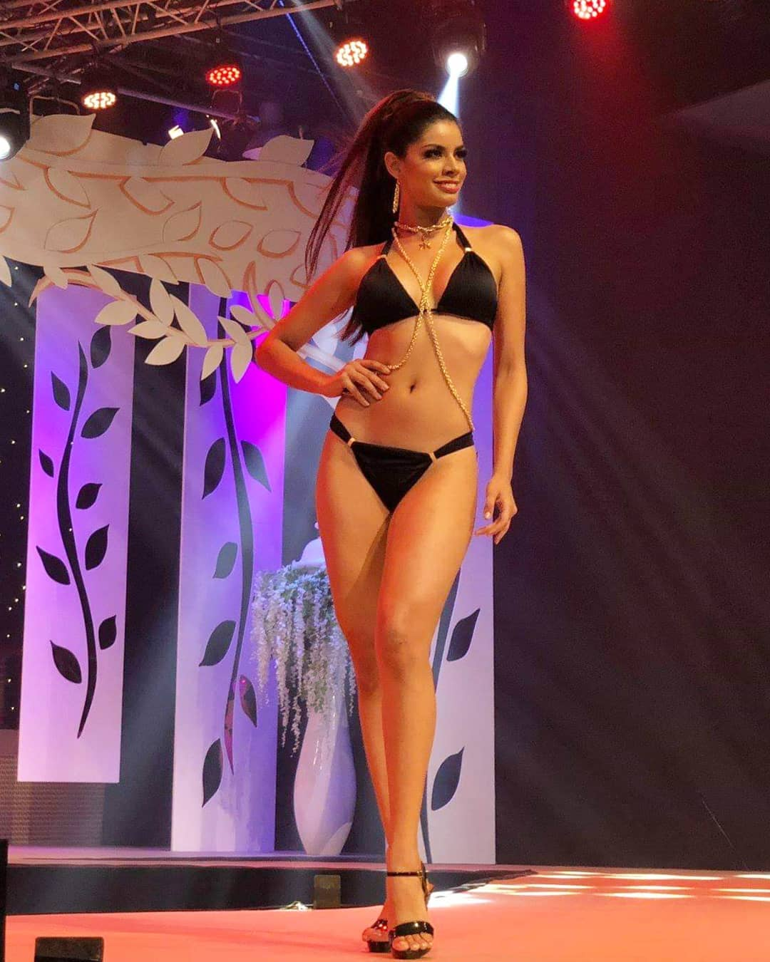 aranza molina, 1 finalista de reyna hispanoamericana 2018. - Página 9 44781510