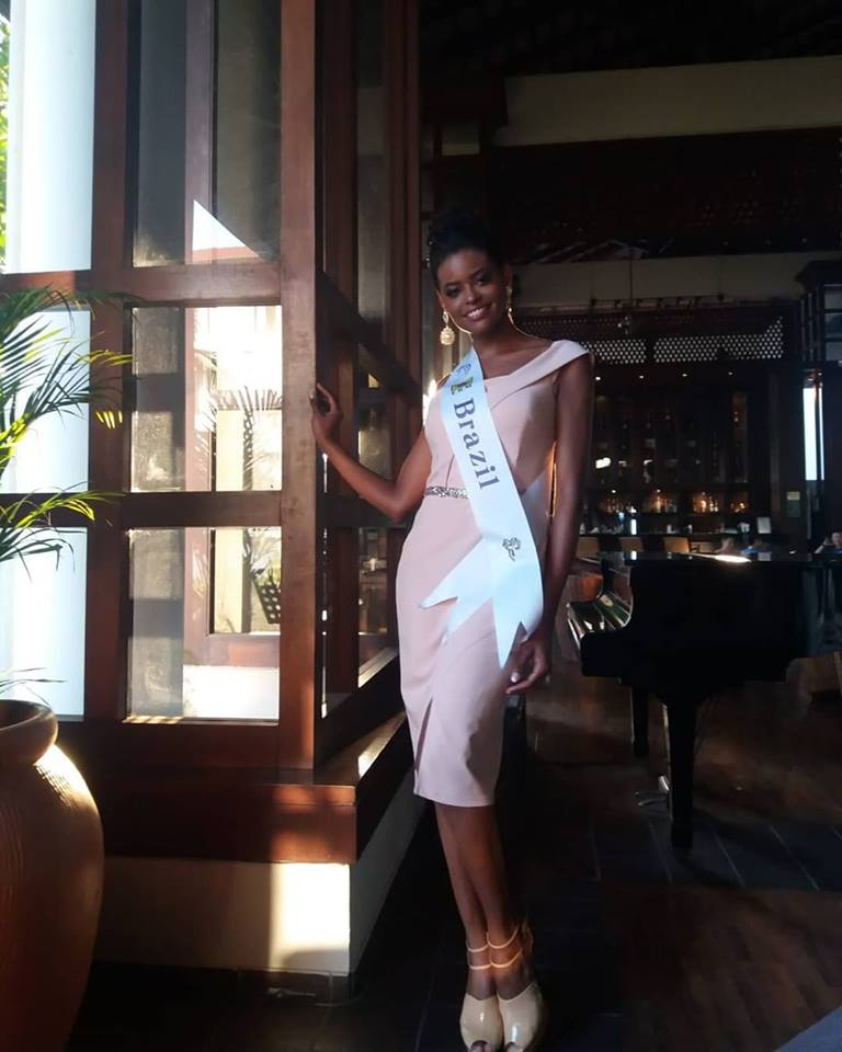 ana de backer, mrs tourism queen international 2018/ex-miss mundo brasil 2015 (renunciou). - Página 2 4igd8r10