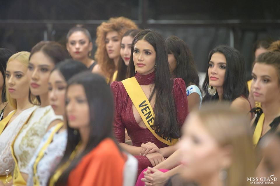 biliannis alvarez, top 10 de miss grand international 2018. - Página 10 82ptau10