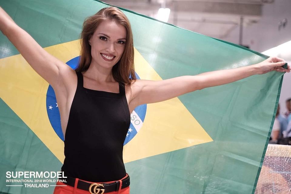 hanna weiser, top 15 de supermodel international 2018/top 10 de miss brasil mundo 2014. - Página 2 Brrgcy10