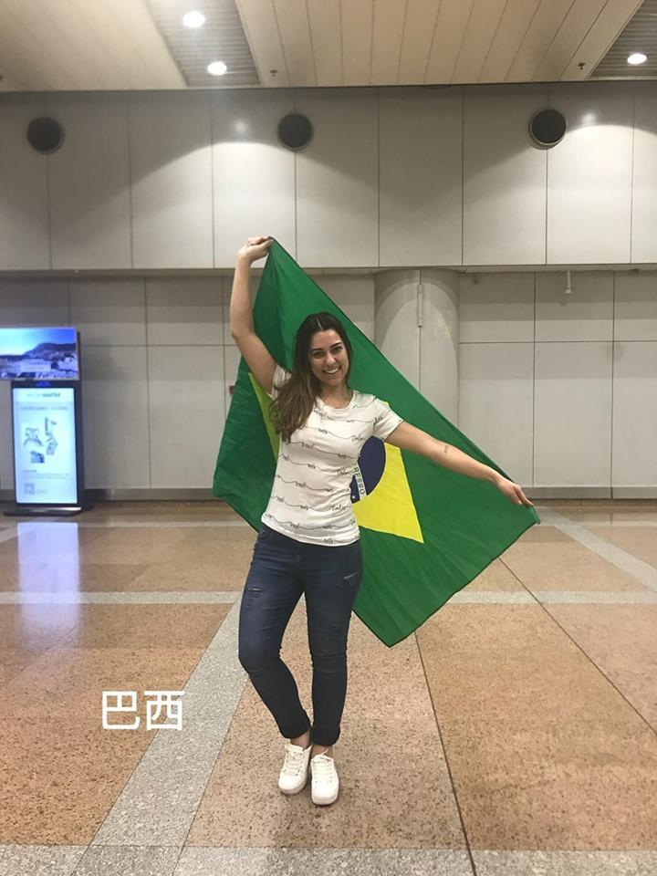 thais de mello candido, miss tourism world brazil 2018. - Página 2 Eeqlwz10