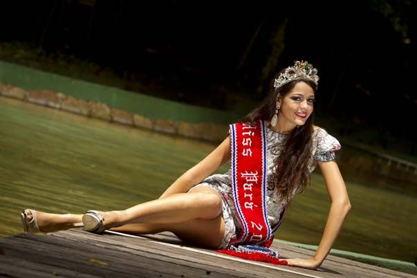 ana paula padilha, miss para empresarial 2018/top 15 de miss brasil universo 2011. - Página 2 F_898610