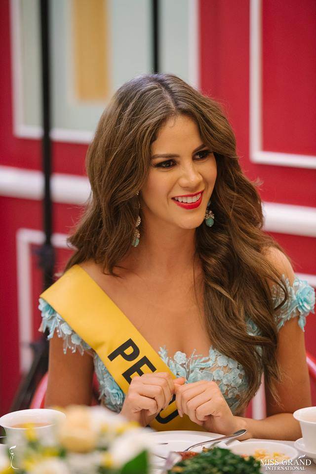 andrea moberg, top 20 de miss grand international 2018 (best national costume). - Página 5 Ii2ejx10