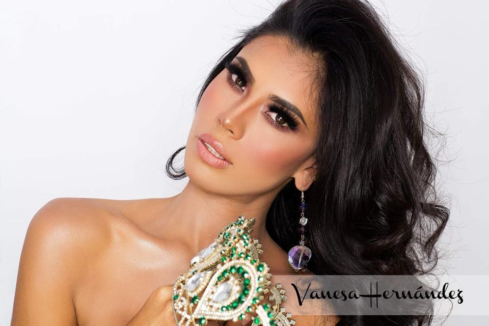 vanesa hernandez, top 15 de global charity queen 2018. Ij8v2n10