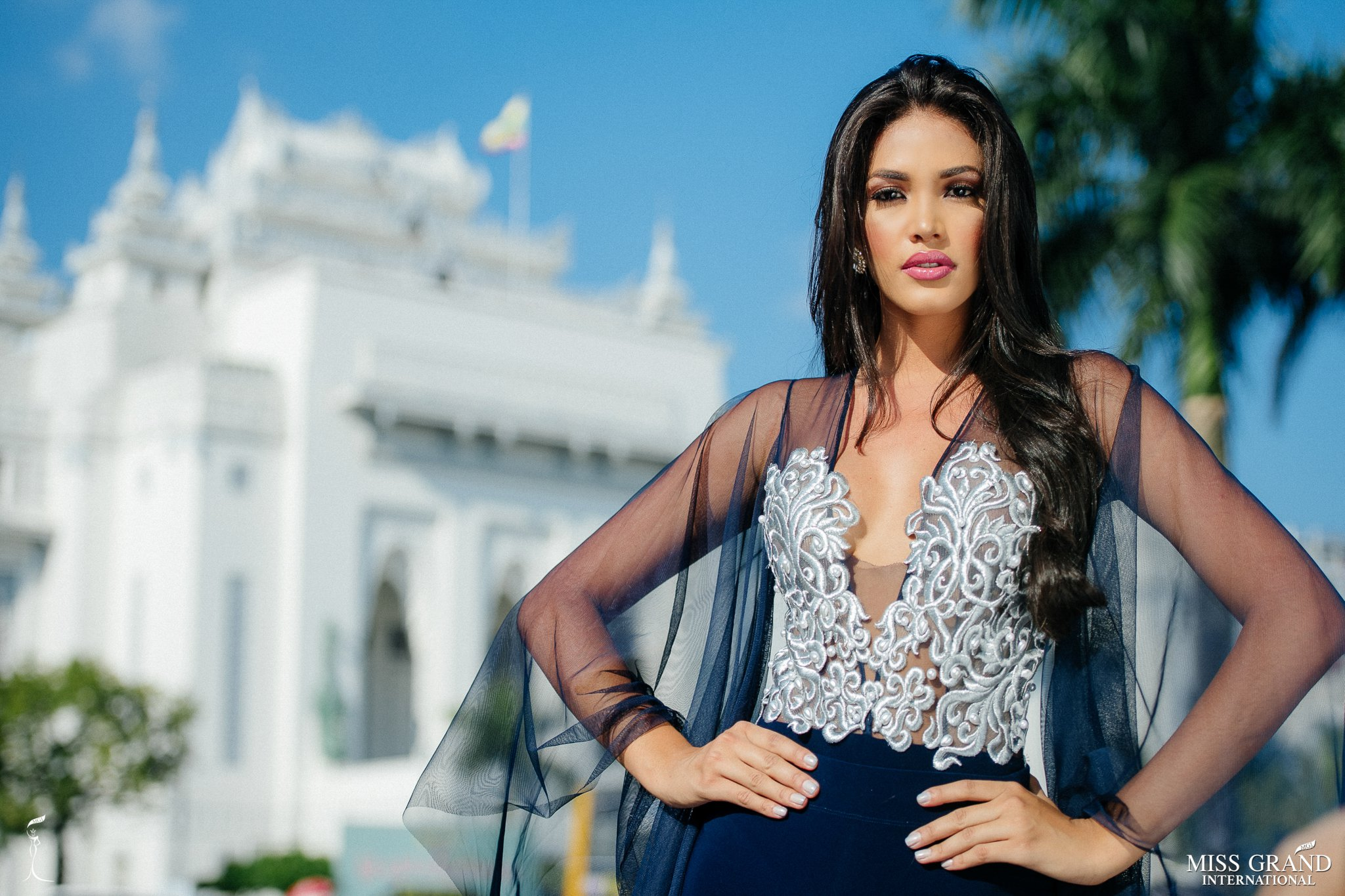biliannis alvarez, top 10 de miss grand international 2018. - Página 9 Iy4qby10