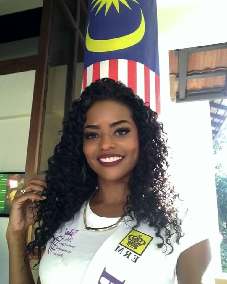 ana de backer, mrs tourism queen international 2018/ex-miss mundo brasil 2015 (renunciou). - Página 2 Jy68zg10