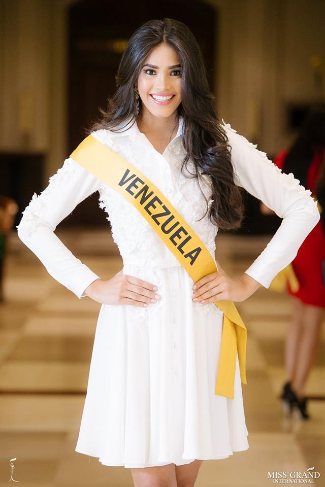 biliannis alvarez, top 10 de miss grand international 2018. - Página 10 Lype2g10