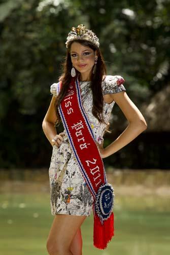 ana paula padilha, miss para empresarial 2018/top 15 de miss brasil universo 2011. - Página 2 Miss_p10