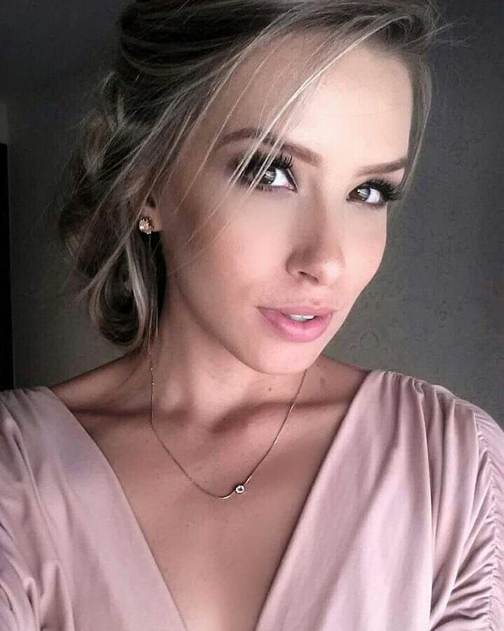 stephanie proglhof, vice do miss brasil internacional 2018, participou do miss international 2018. Monvxe10