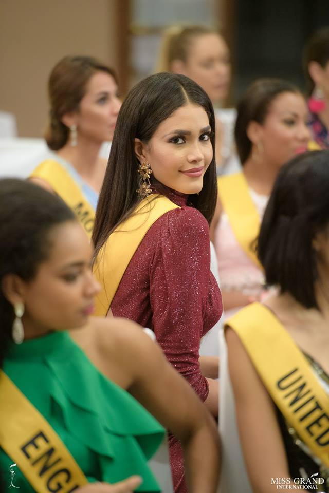 biliannis alvarez, top 10 de miss grand international 2018. - Página 10 Qetpio10